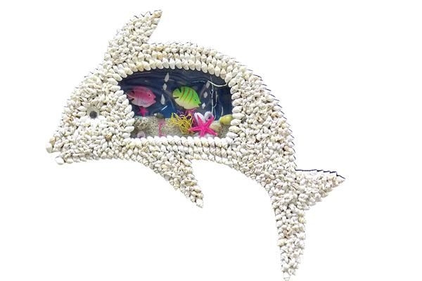 Δελφίνι από Κοχύλια με Ενυδρείο